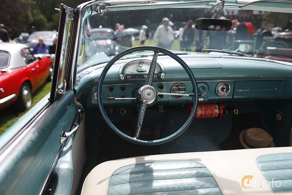 Interior of Ford Fairlane Sunliner 4.5 V8 Manual, 165ps, 1955 at Sofiero Classic 2019