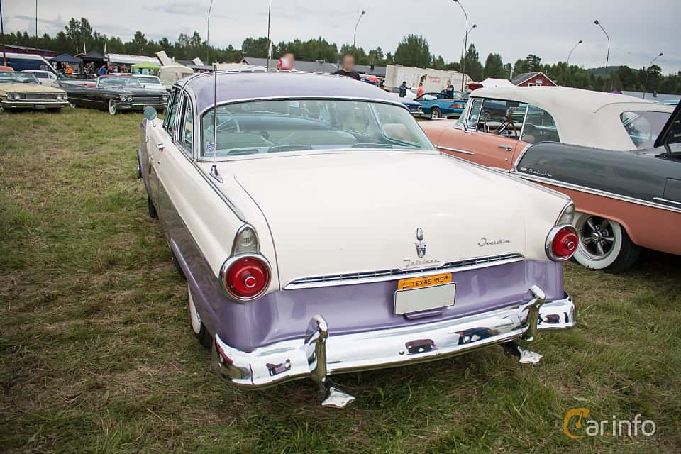 Back/Side of Ford Fairlane Crown Victoria Skyliner 4.5 V8 Automatic, 165ps, 1955 at Classic Car Week Rättvik 2015