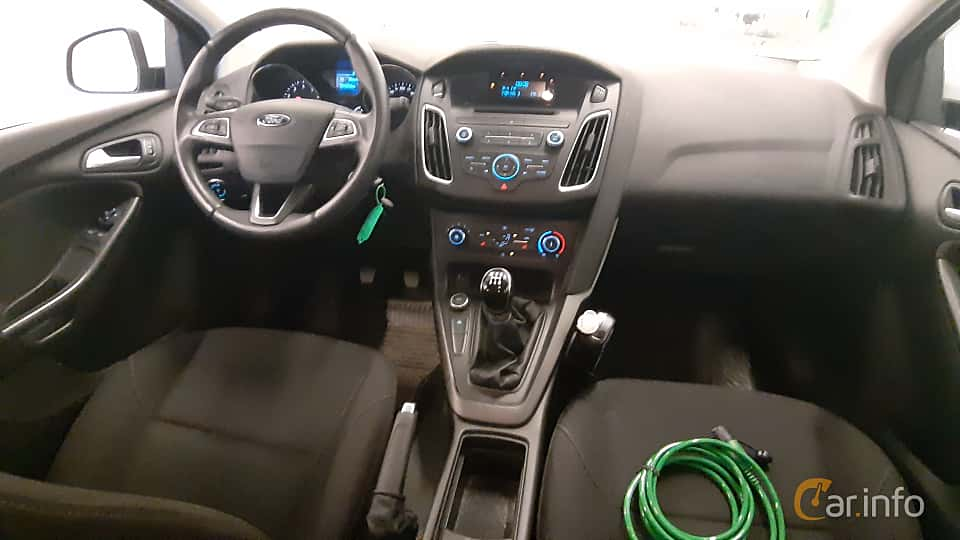 Interior of Ford Focus 1.0 EcoBoost Manual, 100ps, 2016