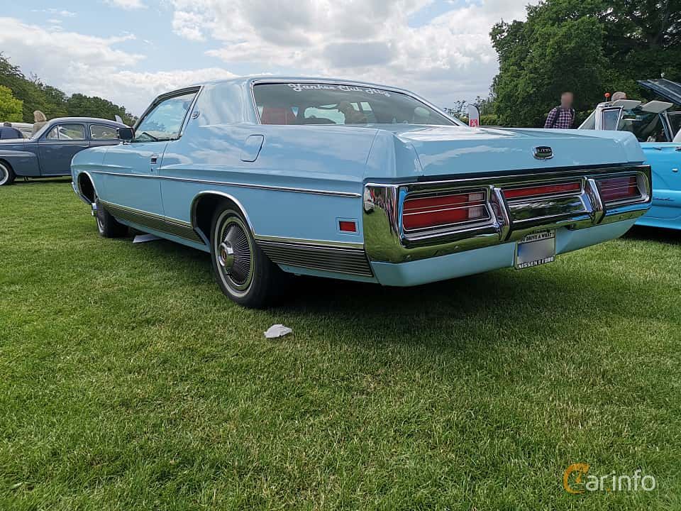 Back/Side of Ford LTD Brougham 2-door Hardtop 7.0 V8 Automatic, 215ps, 1972 at Sofiero Classic 2019