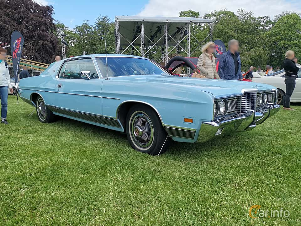 Front/Side  of Ford LTD Brougham 2-door Hardtop 7.0 V8 Automatic, 215ps, 1972 at Sofiero Classic 2019