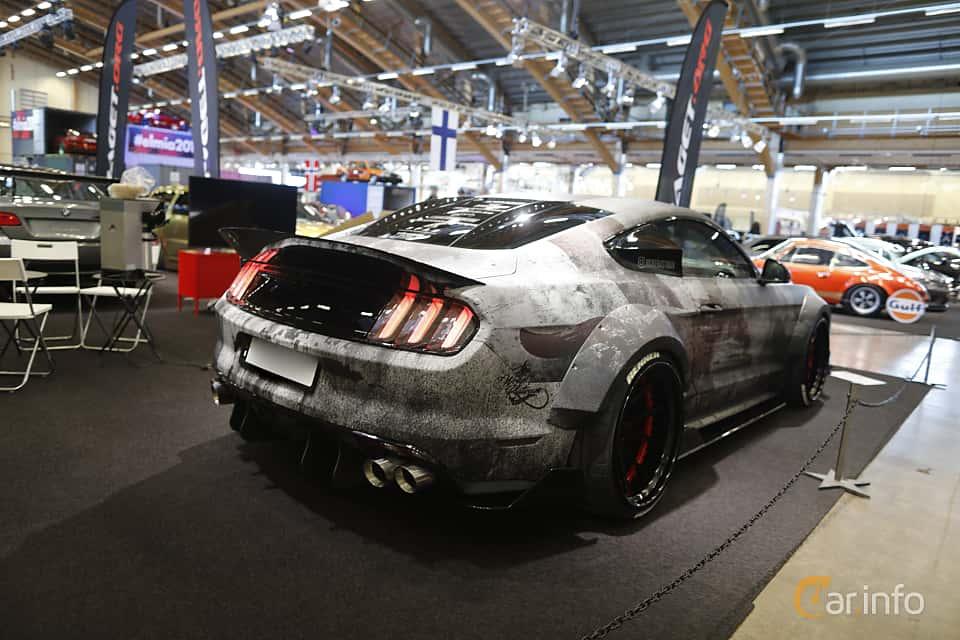Bak/Sida av Ford Mustang GT 5.0 V8 SelectShift, 421ps, 2016 på Bilsport Performance & Custom Motor Show 2019