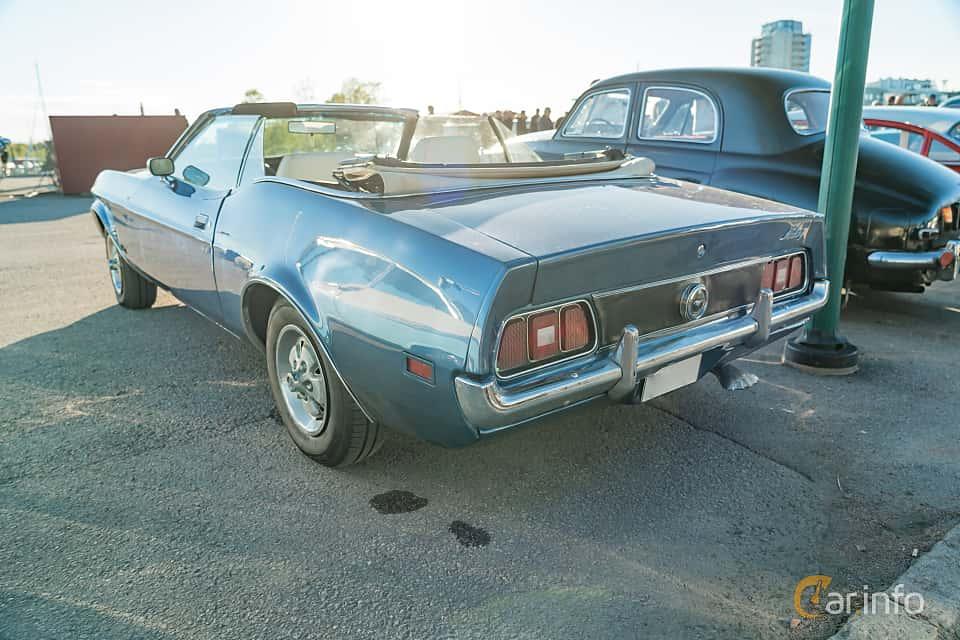 """Back/Side of Ford Mustang Convertible 4.9 V8 Automatic, 137ps, 1972 at Nyköpings hamnträffar 2019 Vecka 20  Tema: """"Kvinnor vid ratten"""""""