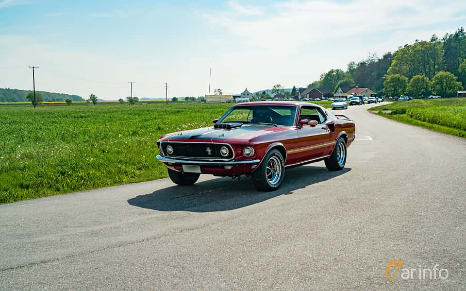 Front/Side  of Ford Mustang Mach I 5.8 V8 Automatic, 254ps, 1969 at Tjolöholm Classic Motor 2019