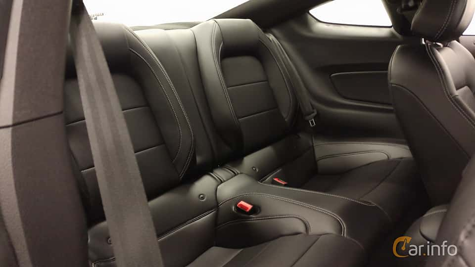 Interior of Ford Mustang GT 5.0 V8 Manual, 450ps, 2018