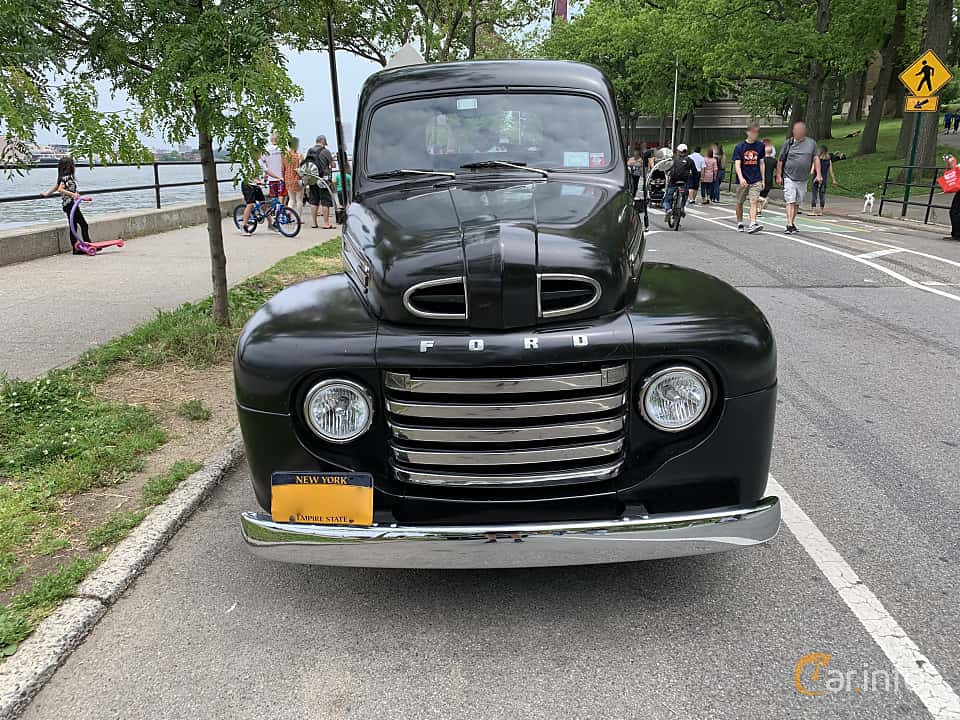 Front  of Ford F Pickup 3.7 Manual, 97ps, 1949 at Father's Day Classic Car Show New York 2019