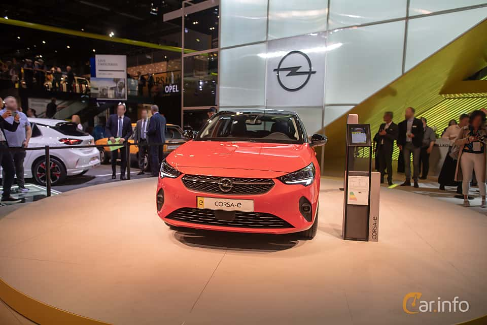 Front  of Opel Corsa-e 50 kWh Single Speed, 136ps, 2020 at IAA 2019