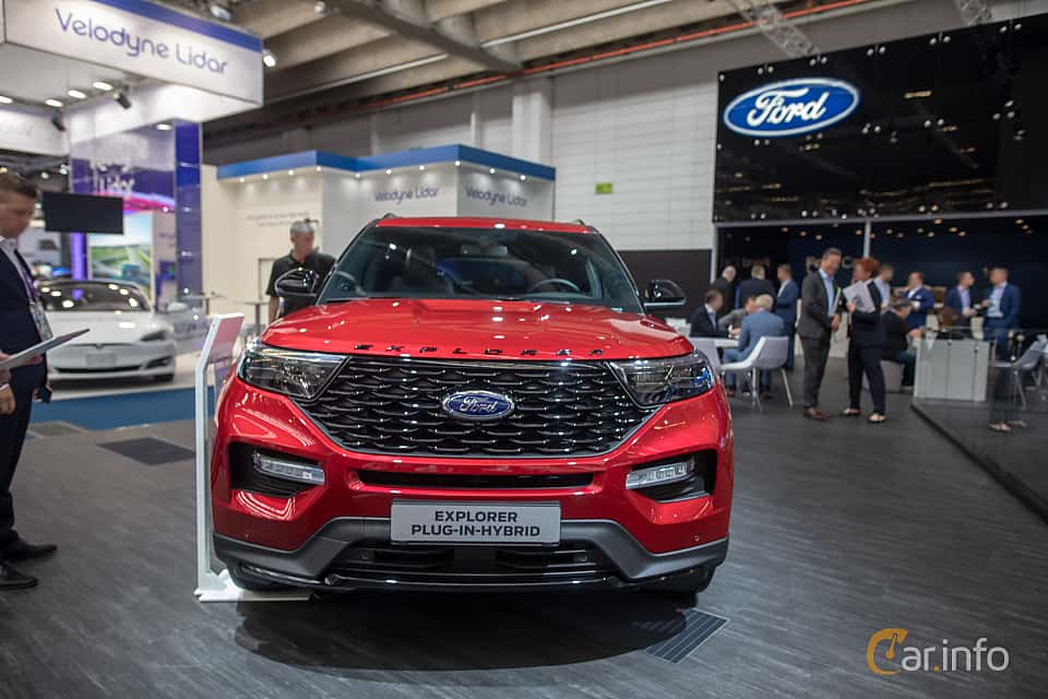 Front  of Ford Explorer Plug-In-Hybrid  Automatic, 457ps, 2020 at IAA 2019