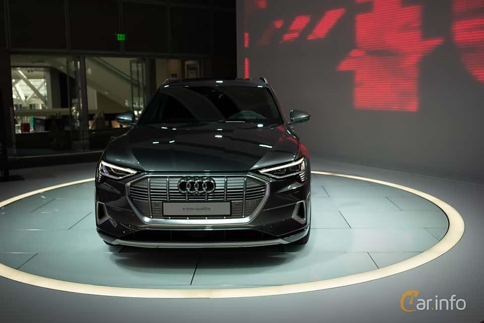 Fram av Audi e-tron 55 quattro  Single Speed, 408ps, 2019 på LA Motor Show 2018