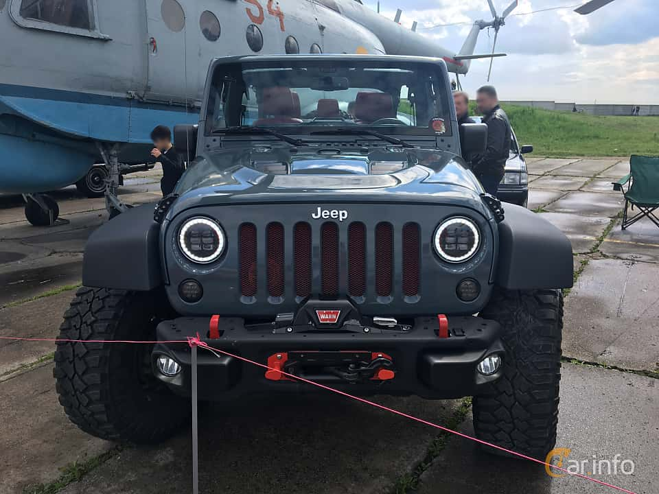 Front  of Jeep Wrangler Unlimited 3.8 V6 4WD Automatic, 199ps, 2011 at Old Car Land no.1 2019