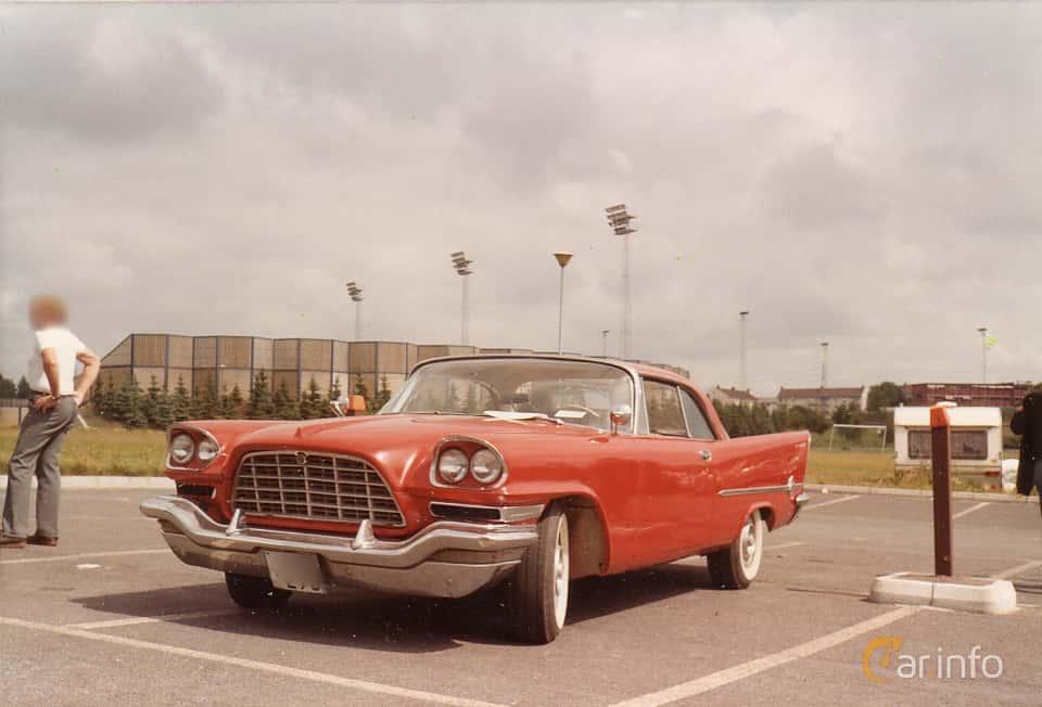 Fram/Sida av Chrysler 300 Hardtop 6.4 V8 Automatic, 386ps, 1958