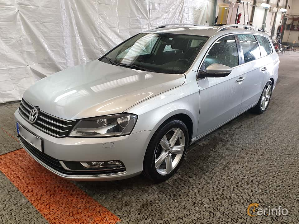 Fram/Sida av Volkswagen Passat Variant 2.0 TDI BlueMotion 4Motion DSG Sequential, 170ps, 2012