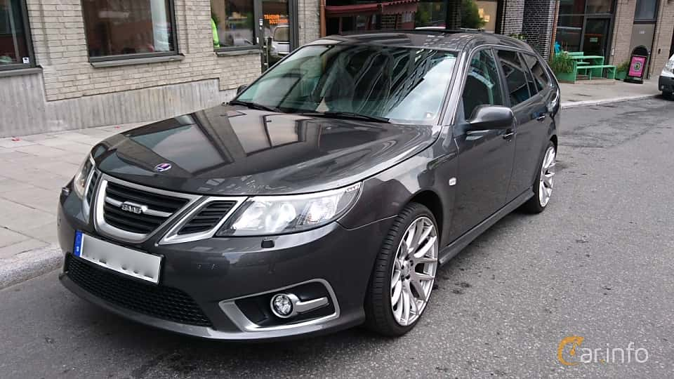 Front/Side  of Saab 9-3 SportCombi 2.8 Turbo V6 XWD Automatic, 280ps, 2010