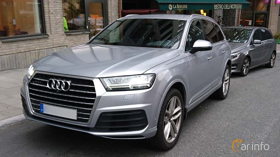 Front/Side  of Audi Q7 3.0 TDI V6 quattro TipTronic, 272ps, 2016