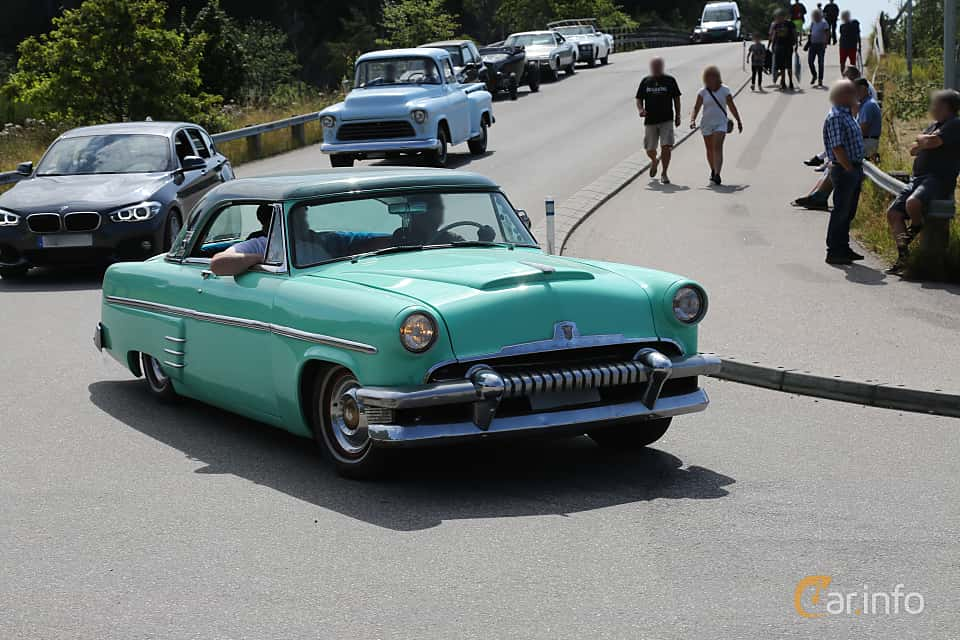 Front/Side  of Mercury Monterey Hardtop 4.2 V8 163ps, 1954 at A-bombers - Old Style Weekend Backamo 2019