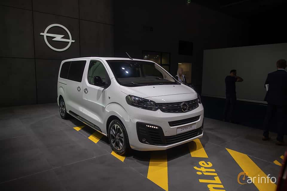 Front/Side  of Opel Zafira Life 2.0 Manual, 150ps, 2020 at IAA 2019