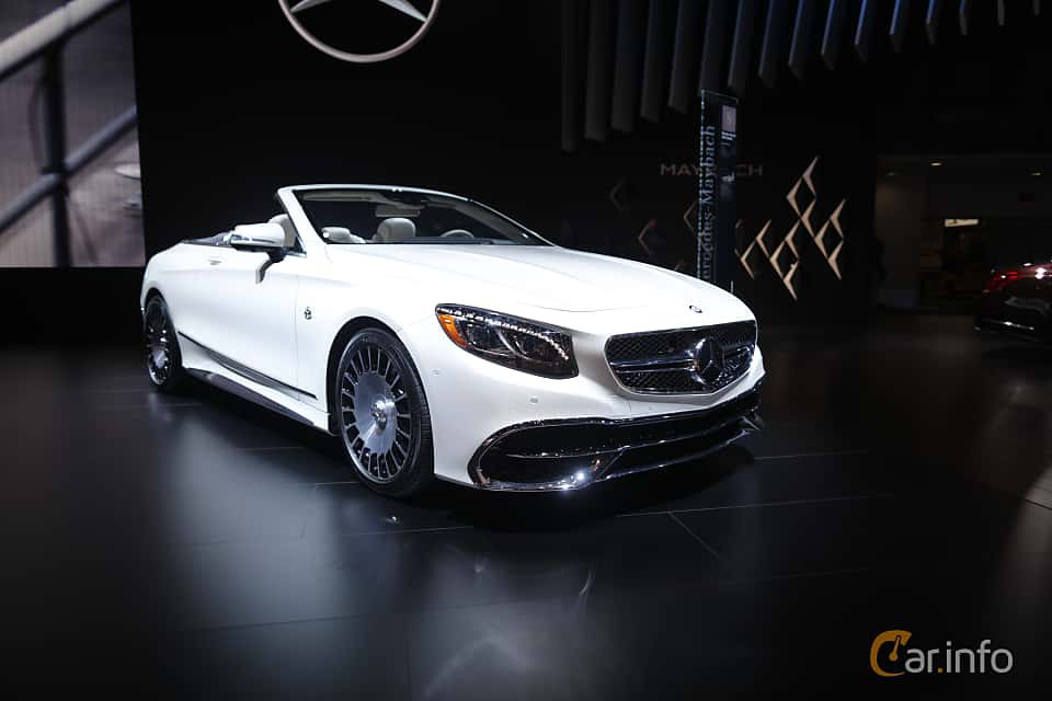 Fram/Sida av Mercedes-Benz AMG S 65 Cabriolet 6.0 V12 AMG-SpeedShift Plus 7G-Tronic, 630ps, 2017 på North American International Auto Show 2017