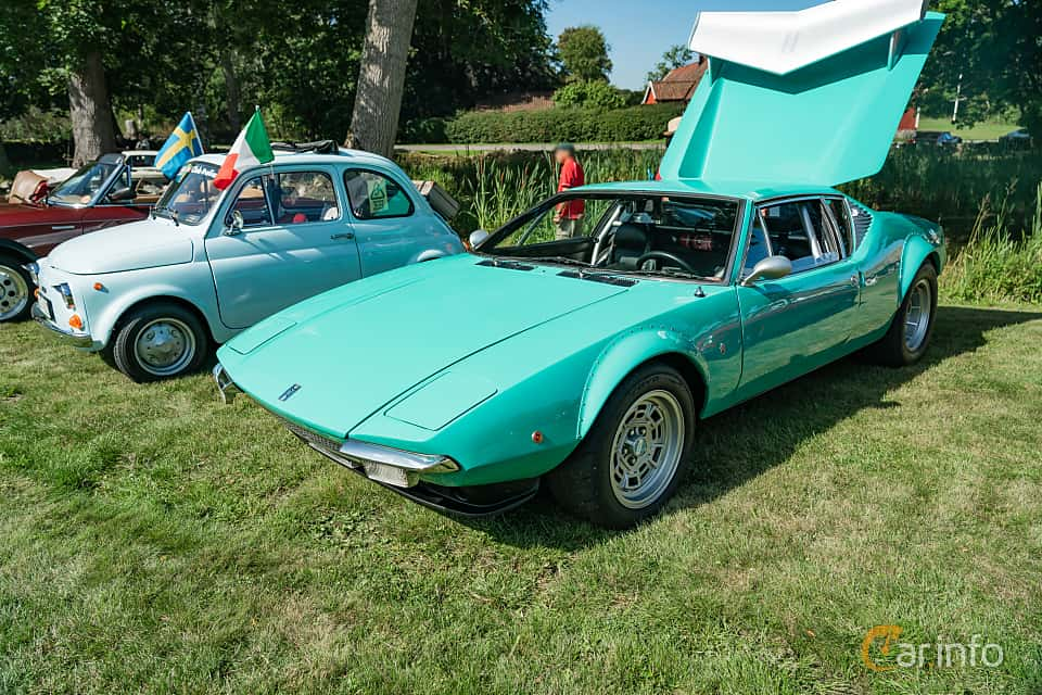 Front/Side  of De Tomaso Pantera 5.8 V8 Manual, 314ps, 1971 at Sportbilsklassiker Stockamöllan 2019