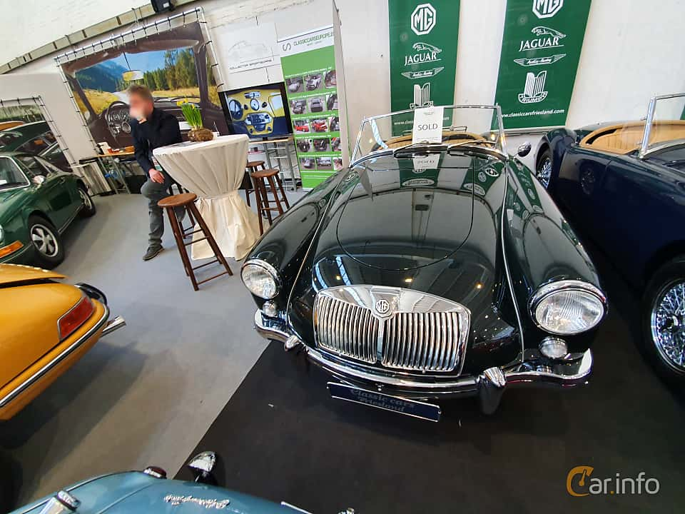 Front/Side  of MG MGA 1500 Roadster 1.5 Manual, 69ps, 1955 at Techno Classica Essen 2019