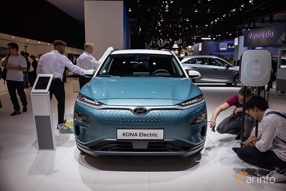 Front  of Hyundai Kona Electric 64 kWh Single Speed, 204ps, 2019 at Paris Motor Show 2018