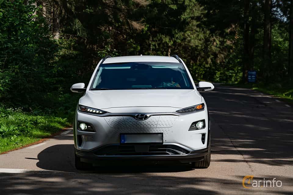 Front  of Hyundai Kona Electric 64 kWh Single Speed, 204ps, 2019 at Svenskt sportvagnsmeeting 2019