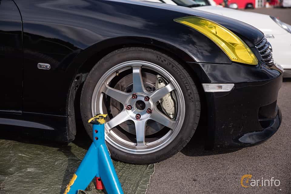 Närbild av Infiniti G35 Coupé 3.5 V6 Manual, 302ps, 2006 på JapTuning Trackday 2018 Knutstorp