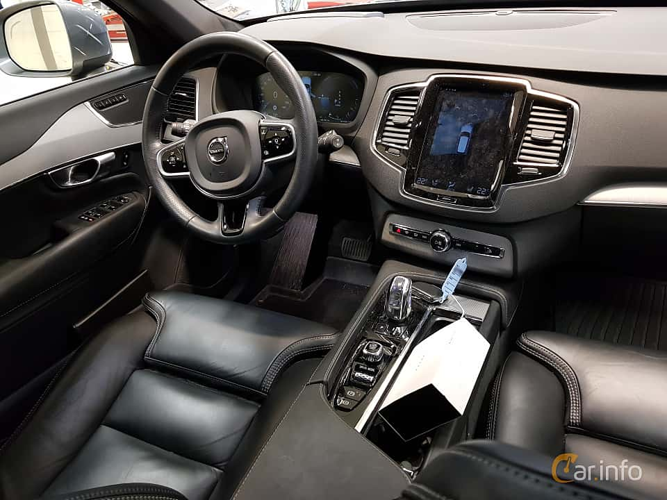 Interior of Volvo XC90 T8 AWD Geartronic, 407ps, 2018