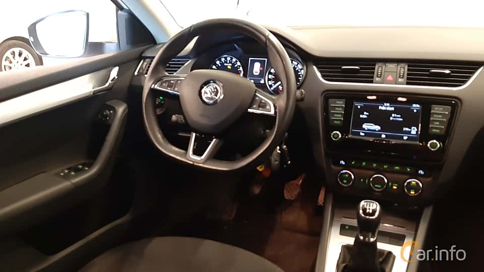 Interiör av Skoda Octavia Combi 1.6 TDI Manual, 110ps, 2016