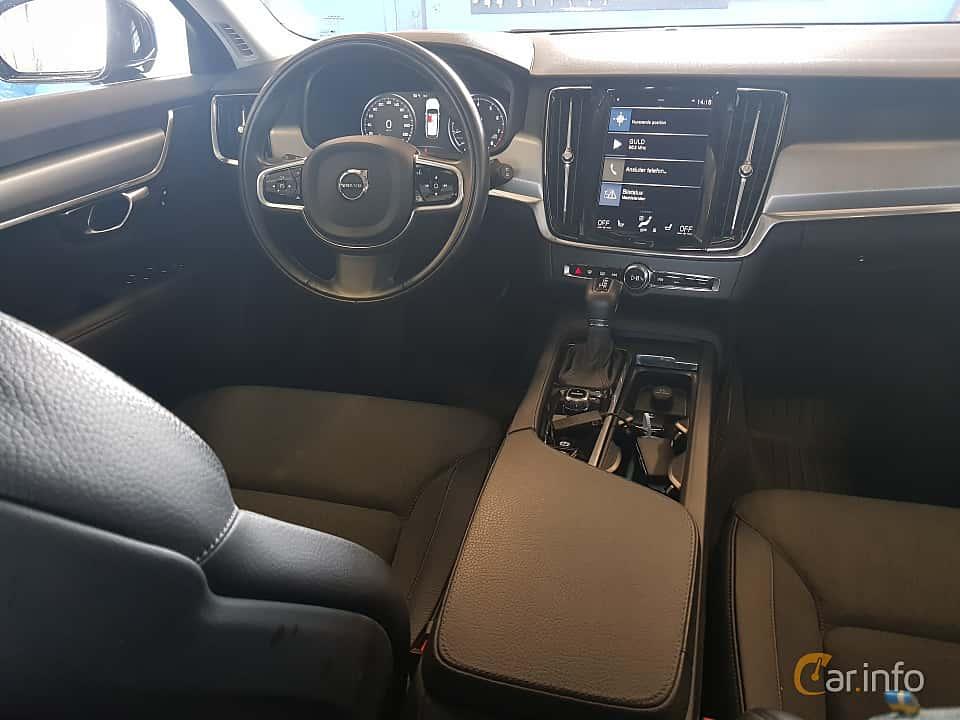 Interior of Volvo V90 T5 Bi-Fuel Geartronic, 253ps, 2017