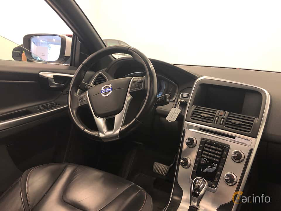 Interior of Volvo XC60 D4 AWD Geartronic, 190ps, 2016