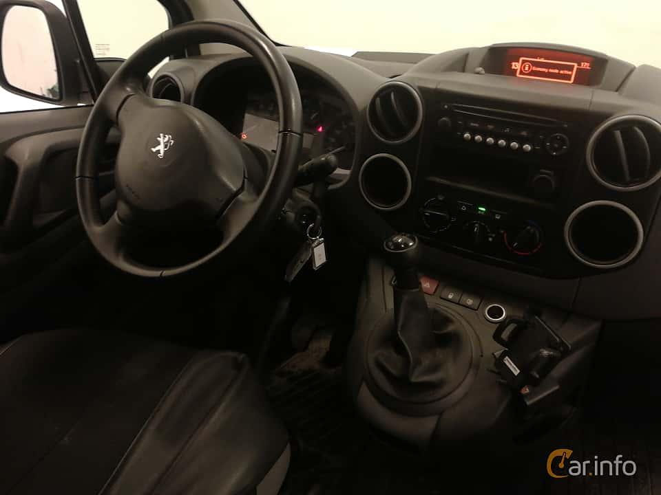 Interior of Peugeot Partner Van 1.6 HDi Manual, 92ps, 2014