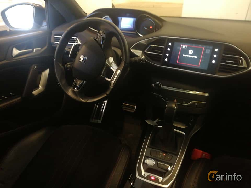 Interior of Peugeot 308 SW 2.0 BlueHDi EAT, 180ps, 2016