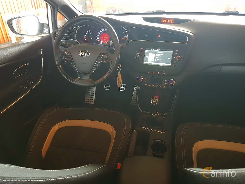 Interior of Kia cee'd_sw 1.6 CRDi Manual, 136ps, 2016