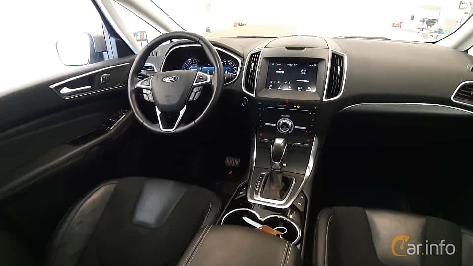 Interior of Ford S-Max 2.0 TDCi AWD Powershift, 180ps, 2017