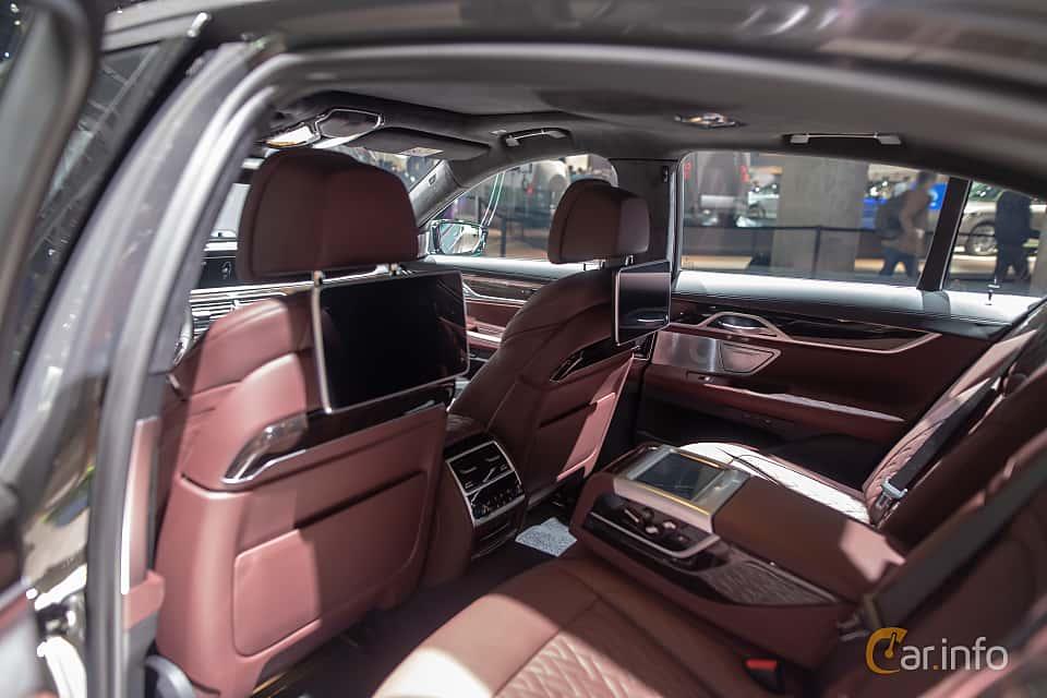 Interior of BMW 745e  Steptronic, 394ps, 2020 at IAA 2019