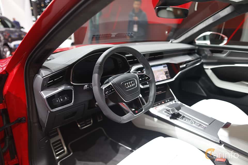Interior of Audi RS 6 Avant  TipTronic, 600ps, 2020 at IAA 2019