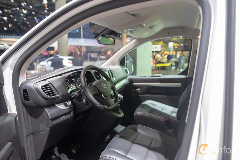 Interior of Opel Zafira Life 2.0 Manual, 150ps, 2020 at IAA 2019