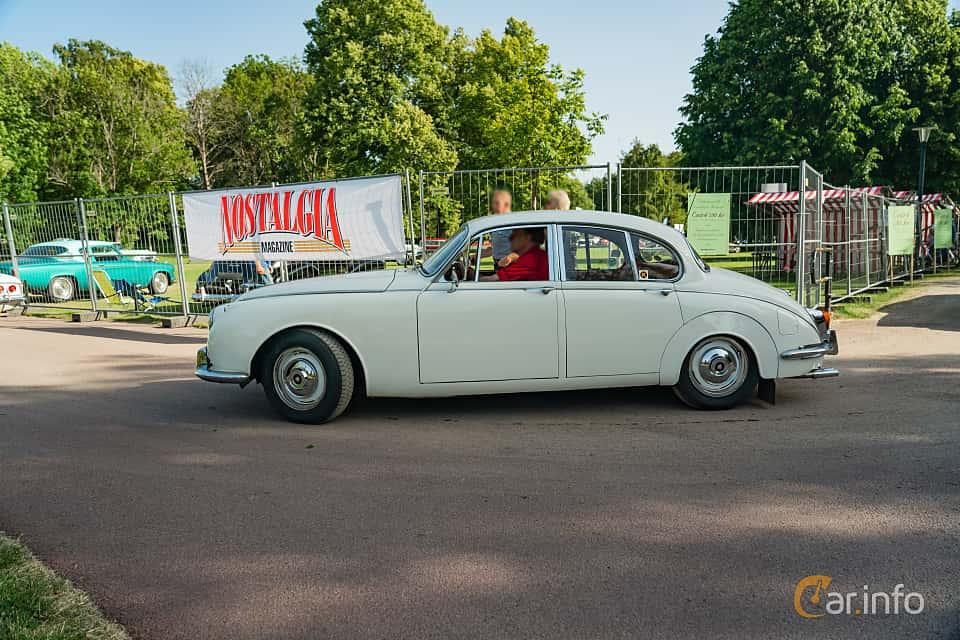 Side  of Jaguar 240 2.5 Manual, 135ps, 1968 at Ronneby Nostalgia Festival 2019