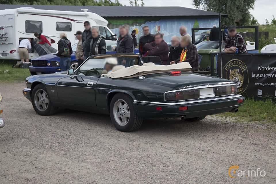 Back/Side of Jaguar XJS Convertible 4.0 Automatic, 233ps, 1995 at Tisdagsträffarna Vikingatider v.25 / 2017