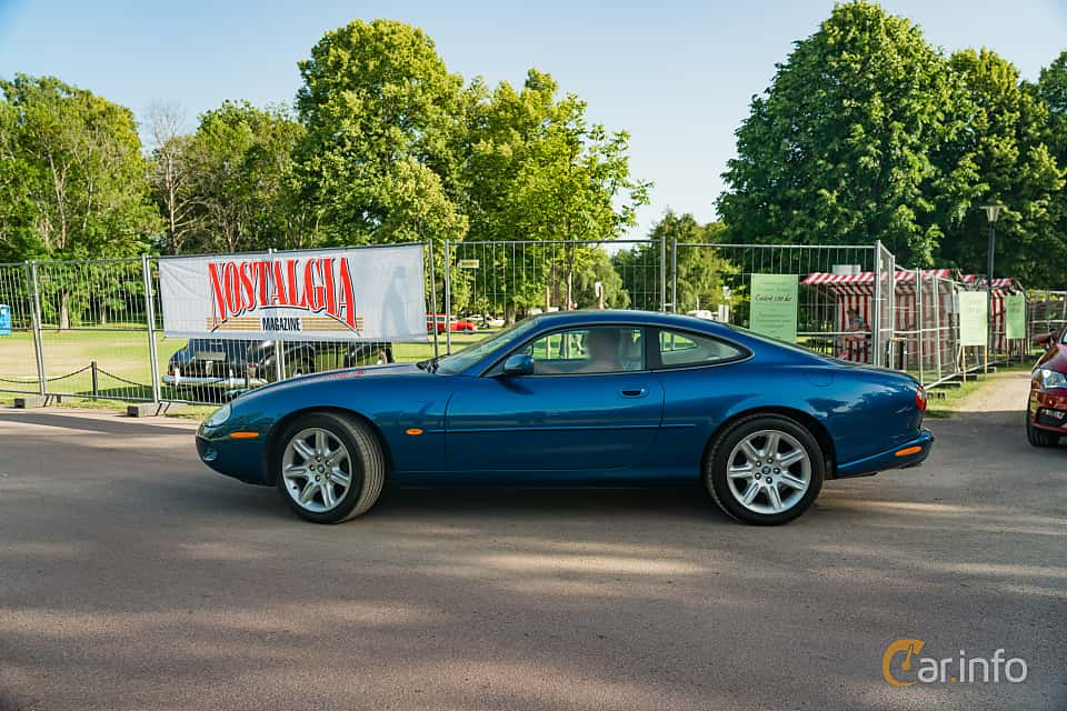 Side  of Jaguar XK8 4.0 V8 Automatic, 284ps, 1997 at Ronneby Nostalgia Festival 2019