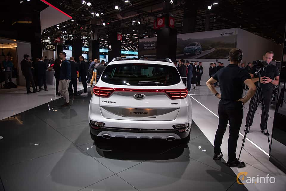 Back of Kia Sportage 2.0 CRDi AWD Automatic, 184ps, 2019 at Paris Motor Show 2018