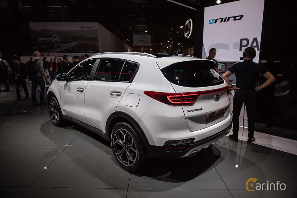 Back/Side of Kia Sportage 2.0 CRDi AWD Automatic, 184ps, 2019 at Paris Motor Show 2018
