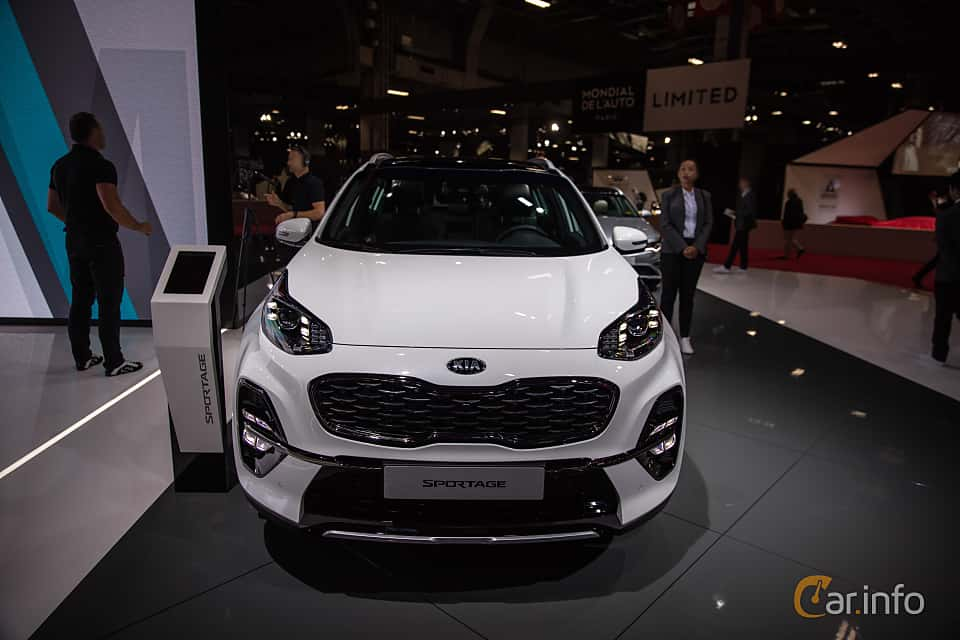 Front  of Kia Sportage 2.0 CRDi AWD Automatic, 184ps, 2019 at Paris Motor Show 2018