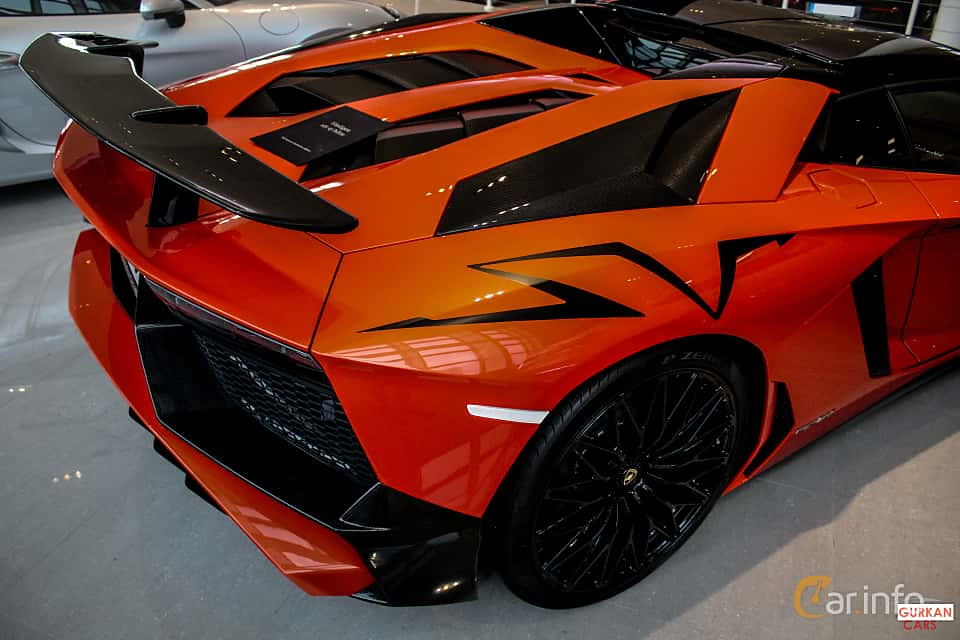 Close-up of Lamborghini Aventador LP 750-4 SV 6.5 V12 ISR, 750ps, 2017