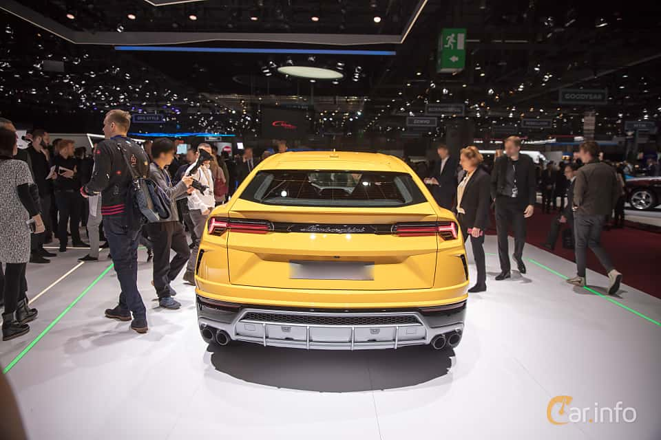 Back of Lamborghini Urus 4.0 V8 AWD Automatic, 650ps, 2018 at Geneva Motor Show 2018
