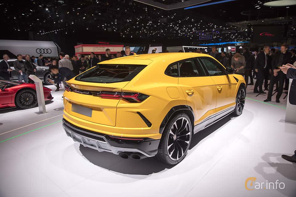 Back/Side of Lamborghini Urus 4.0 V8 AWD Automatic, 650ps, 2018 at Geneva Motor Show 2018