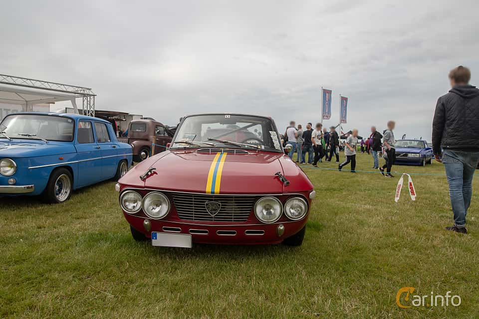Fram av Lancia Fulvia Coupé 1.2 V4 Manual, 80ps, 1967 på Vallåkraträffen 2019