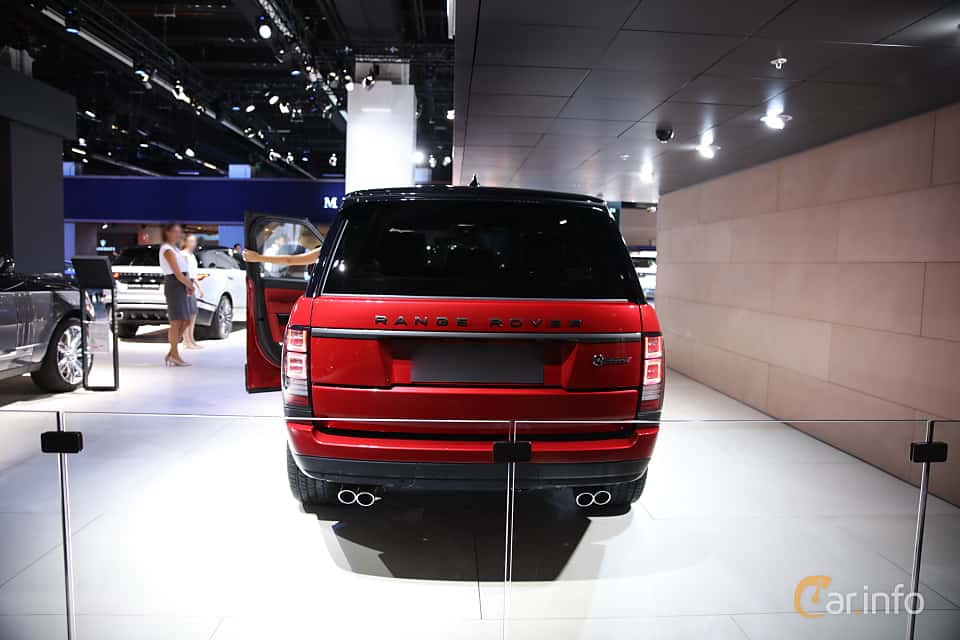 Back of Land Rover Range Rover 5.0 V8 4WD Automatic, 550ps, 2017 at IAA 2017