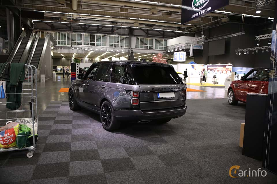 Back/Side of Land Rover Range Rover P400e 2.0 + 13.1 kWh 4WD Automatic, 404ps, 2019 at eCar Expo Göteborg 2018
