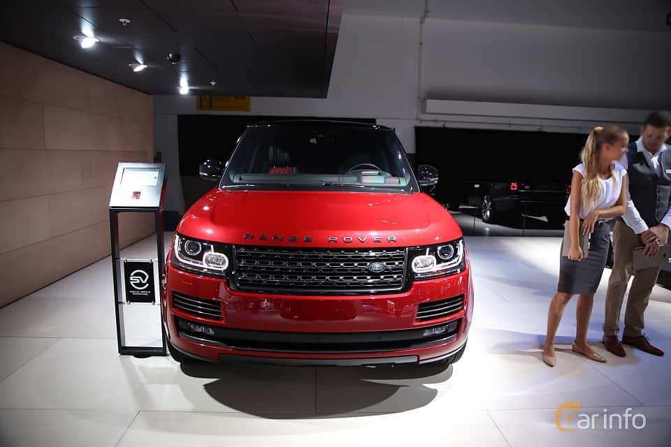 Front  of Land Rover Range Rover 5.0 V8 4WD Automatic, 550ps, 2017 at IAA 2017